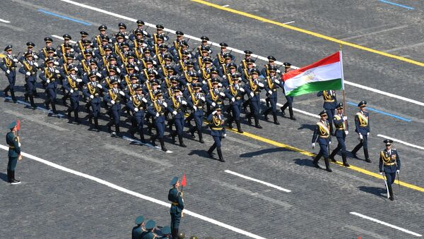 Военный парад в ознаменование 75-летия Победы - Sputnik Таджикистан