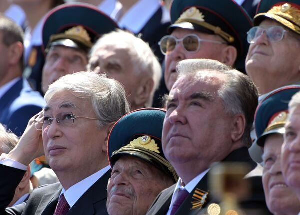Президент Казахстана Касым-Жомарт Токаев и президент Таджикистана Эмомали Рахмон - Sputnik Таджикистан