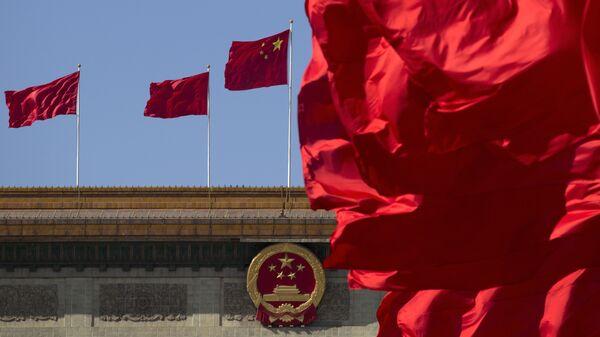 Национальный флаг Китая - Sputnik Таджикистан