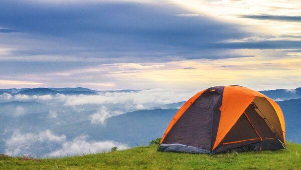Палатка в горах - Sputnik Таджикистан
