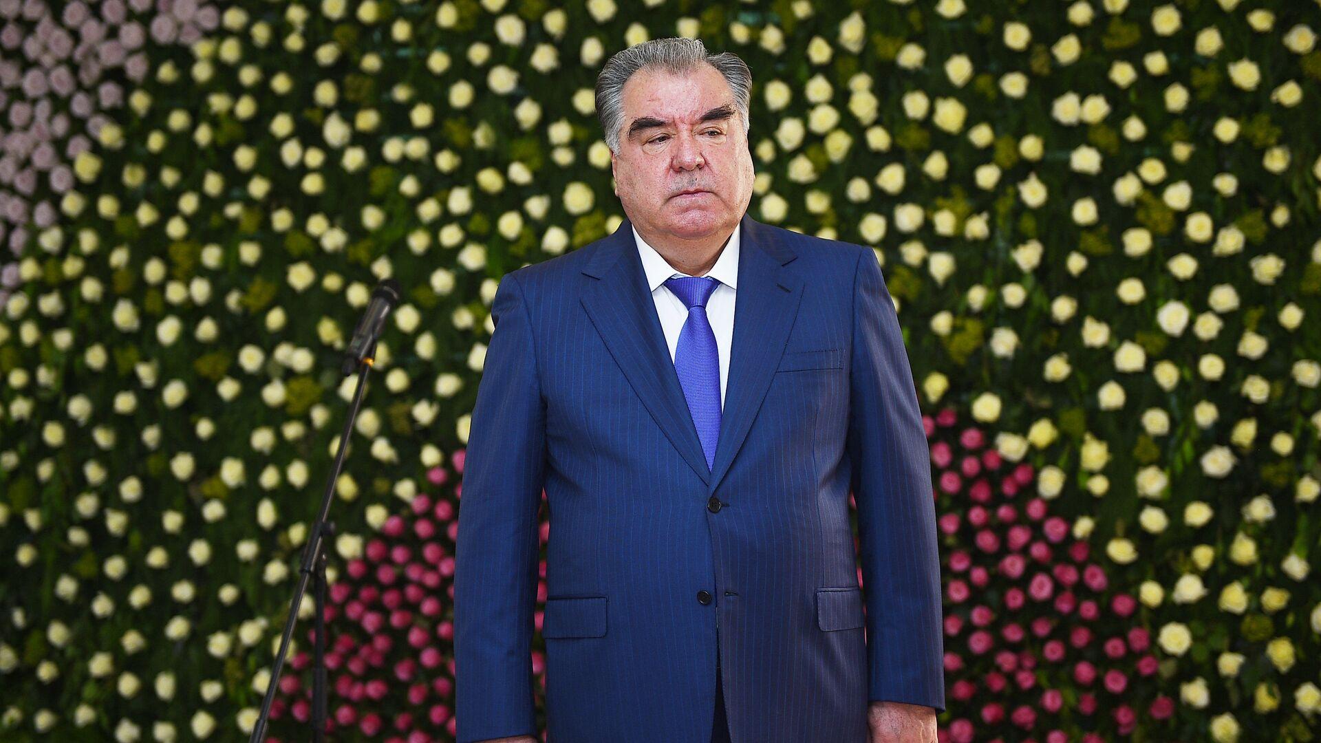 Президент Республики Таджикистан Эмомали Рахмон - Sputnik Таджикистан, 1920, 19.07.2021