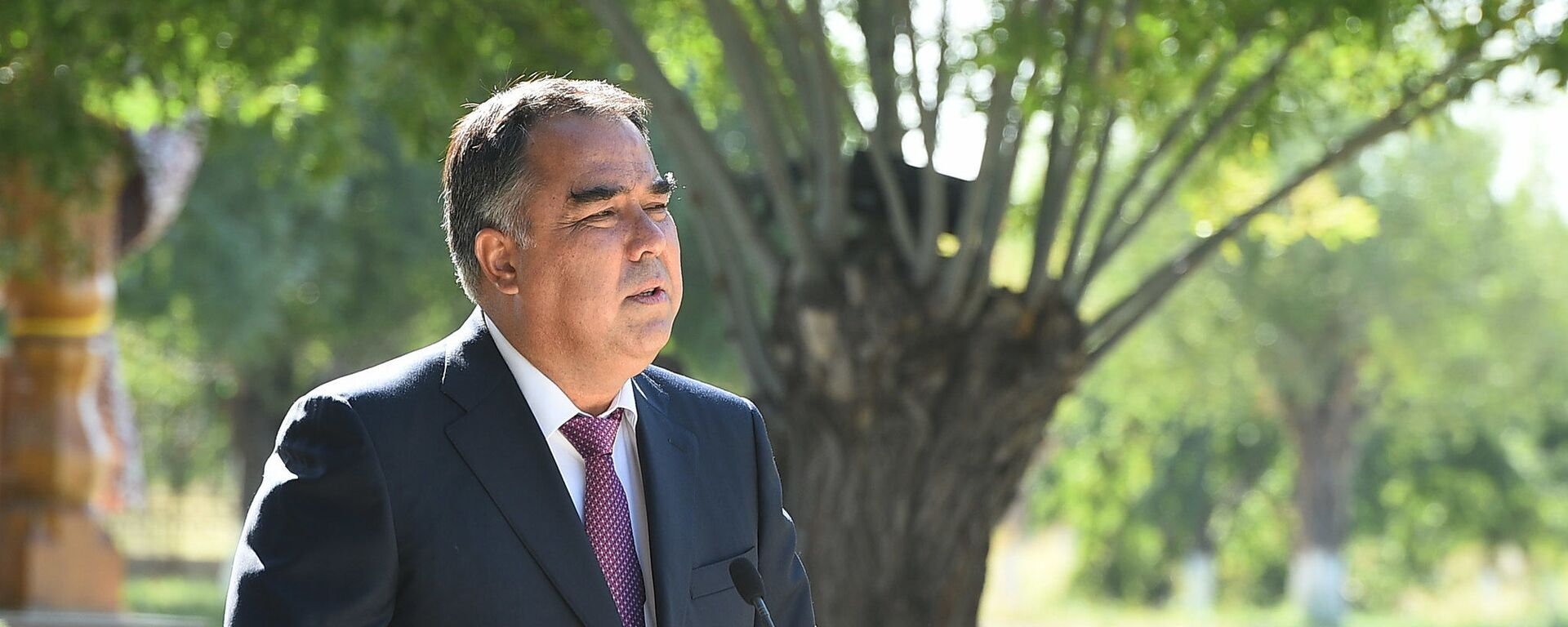 Председатель Согдийской области Раджаббой Ахмадзода - Sputnik Таджикистан, 1920, 27.07.2021