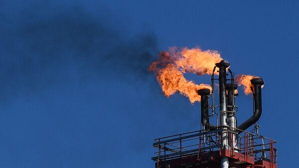 Нефтяное месторождение им. В. Филановского - Sputnik Таджикистан