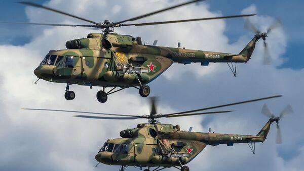 Два транспортно-боевых вертолета Ми-8 МТВ 5-1 - Sputnik Таджикистан