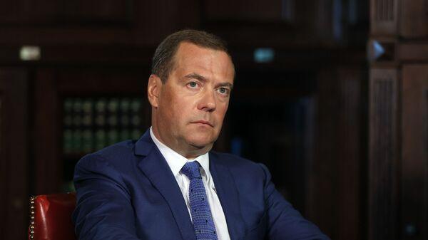 Заместитель председателя Совета безопасности РФ Дмитрий Медведев - Sputnik Тоҷикистон